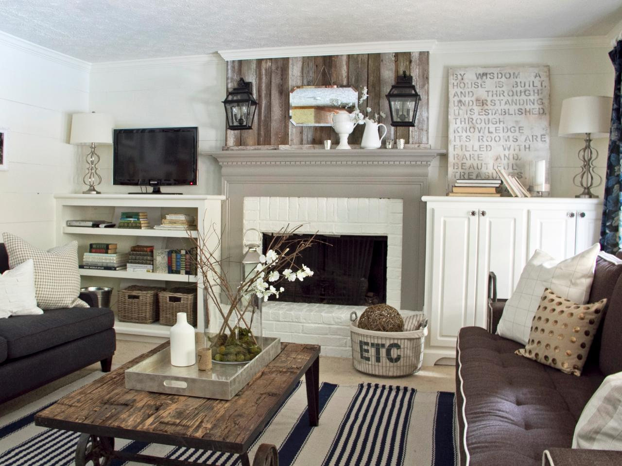 Photos hgtv Rustic modern living room design